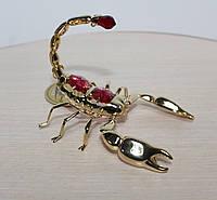 Позолоченная фигурка Скорпион с цветными кристаллами Сваровски
