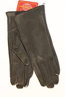 Женские перчатки с декоративной строчкой по всей длине