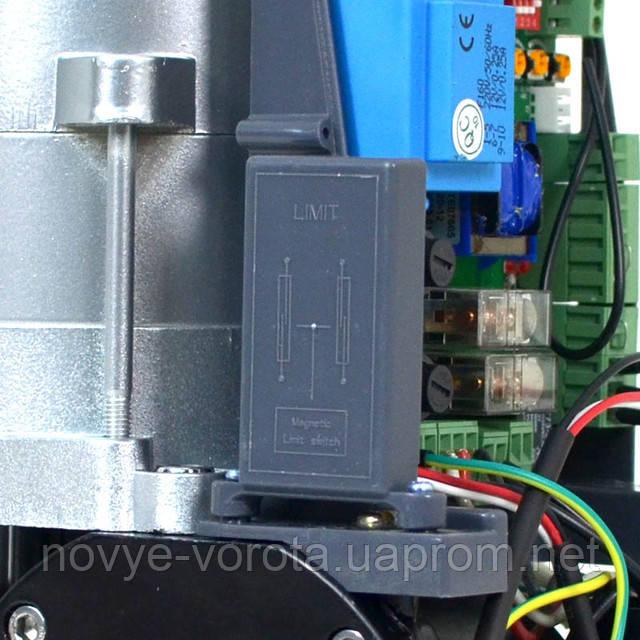 Размещение геркона внутри привода