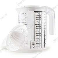 Мерная кружка с прессом для цитруса 1,5 л белая 100036