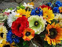 Гирлянда в украинском стиле из искусственных цветов