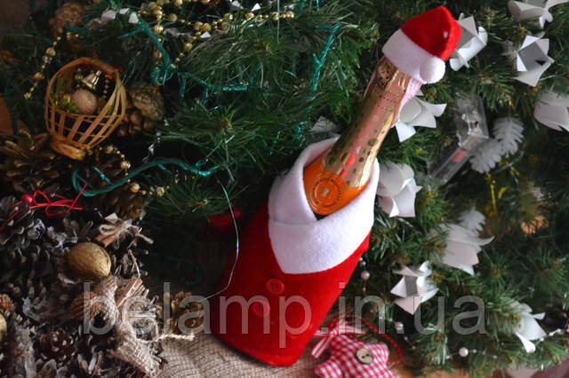 новогодняя одежда на бутылку