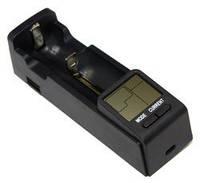 Зарядное устр-во Extradigital BTC10 Travel Charger, Black, слот под все виды аккумуляторов (от 33 до 73,5 мм), LCD экран, USB, выбор тока заряда