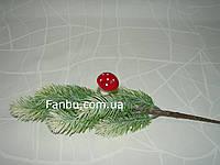 Искусственный гриб с красной шляпкой на проволоке (высота 4 см)