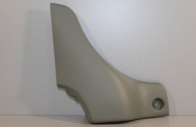 Пластикова оббивка салону (біля стійки, стеля, ліва) на Renault Trafic 2001-> — Оригінал - 8200272291