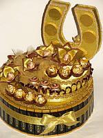 """Конфетный торт с подковой""""Шкатулка удачи""""черно-золотой"""