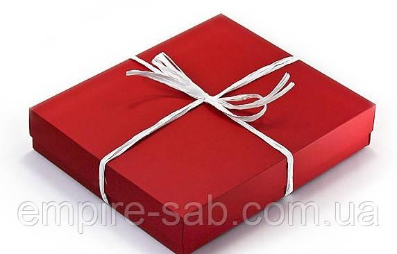 Коробка червона