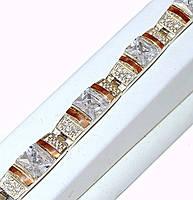 Серебряный женский браслет с золотыми вставками. Камни: циркон. Длинна регулируется.