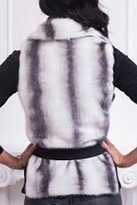 Меховая жилетка женская на молнии под горло, фото 3