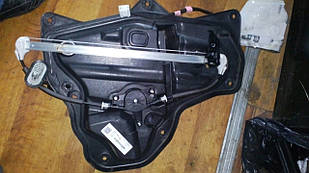 Б/у стеклоподъемник задній правий Mazda 3 BM №2264000