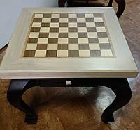 Шахматный стол. Дуб. Светлый