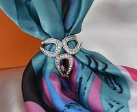 Брошь кольцо серебристое для шарфика и платка