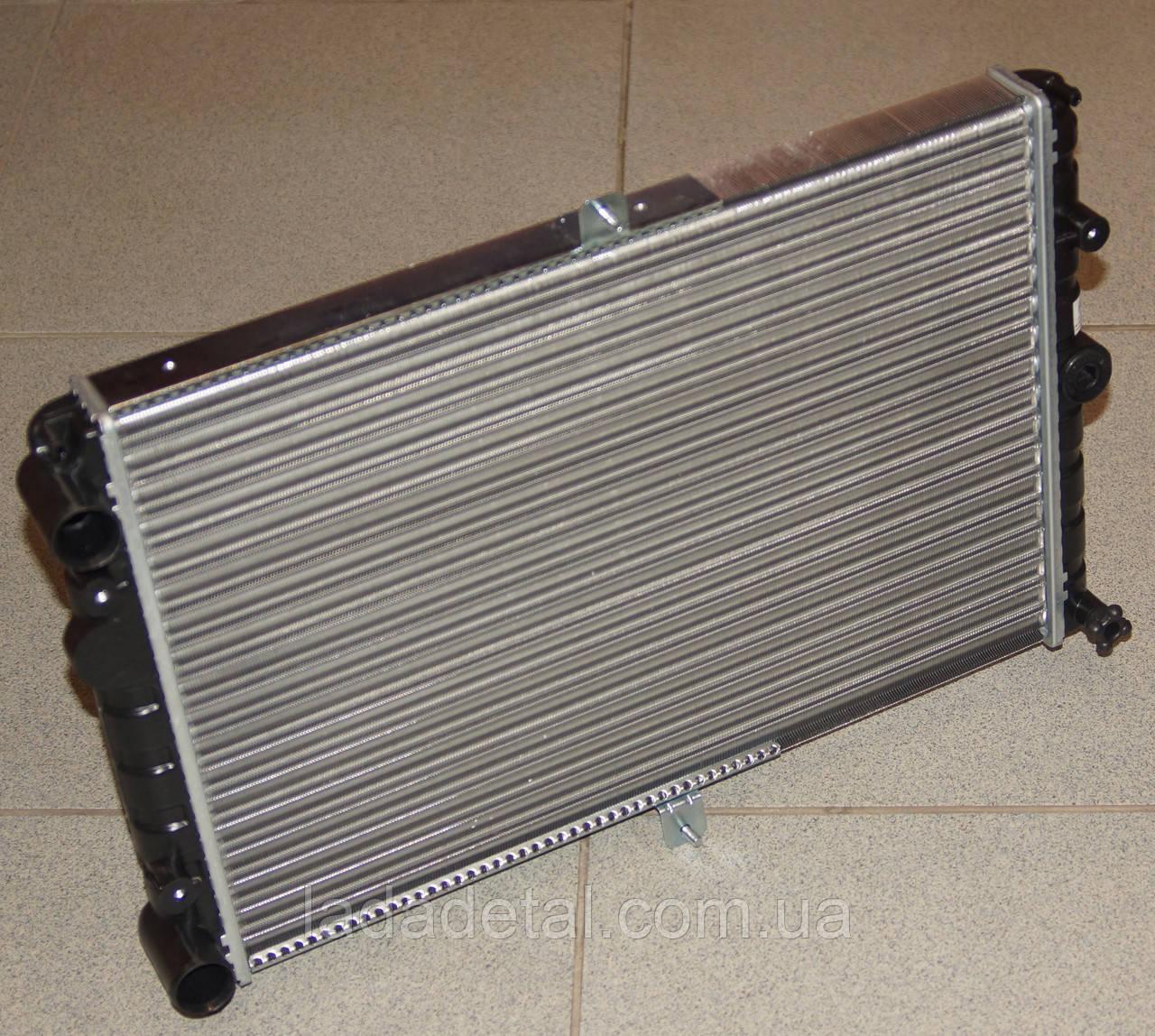 Радиатор ВАЗ 2108, 2109, 21099, 2113-2115 с карбюраторным двигателем АМЗ