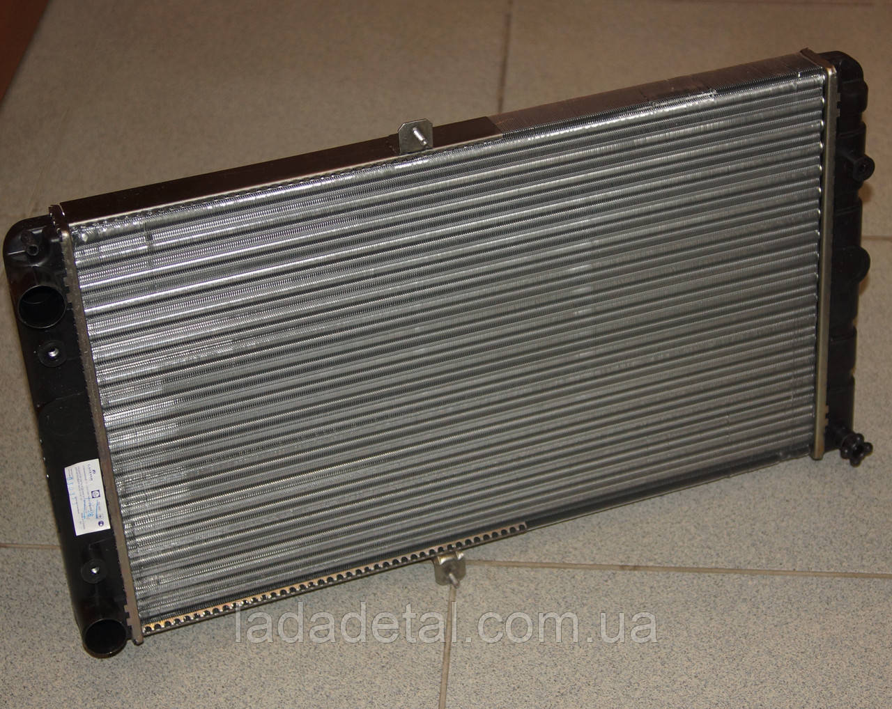 Радиатор ВАЗ 2110 2111 2112 (до 2007 г.в.) Лузар LRc 0112