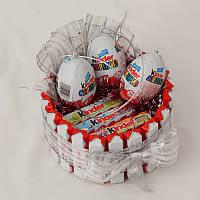 "Композиция-торт из киндер шоколада 24шт.и""Kinder surprise"" киндер сюрприза-3шт."