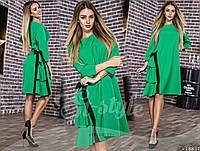 Женское платье с рюшами и батиком
