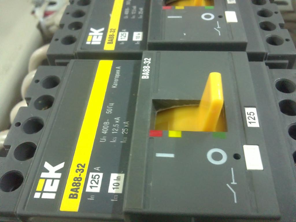 щиты электрические, сброка элекрощитового оборудования
