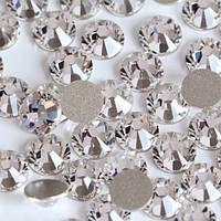 Cтразы-имитация Сваровски Crystal ss 8(2,5мм).Цена за 100шт.