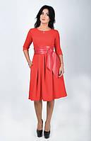 Нарядное платье, рукав три четверти и кожаный пояс