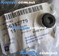 Шайба крепления клапанной крышки металической Ланос Нубира 1,6 оригинал.