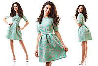 Красивое неопреновое платье с юбкой колокольчиком