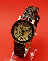 """Женские наручные часы с коричневым тисненым кожаным ремешком """"Халдене"""""""