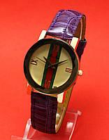 """Женские наручные часы с фиолетовым тисненым кожаным ремешком """"Эриноме"""""""