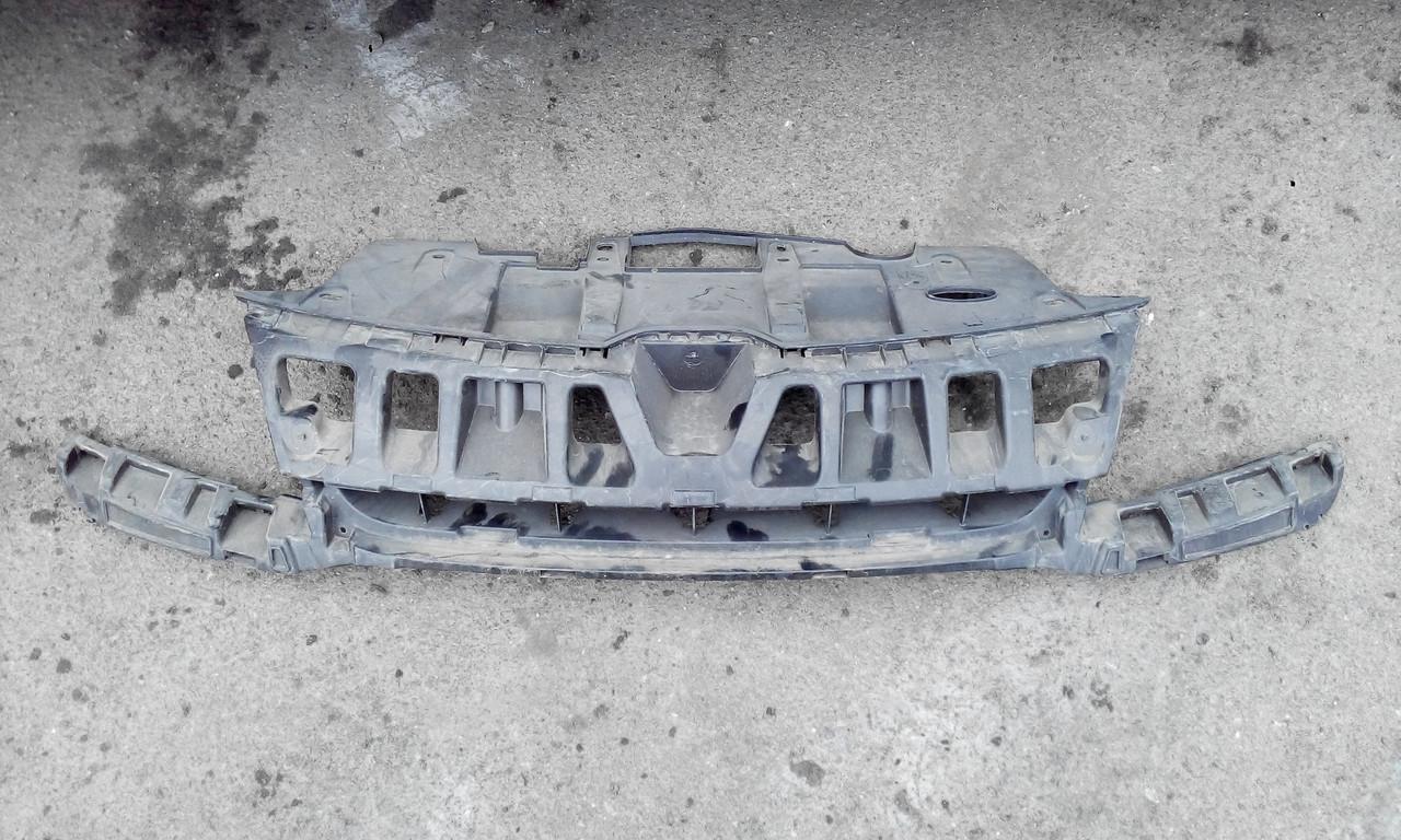 Усилитель переднего бампера Рено Меган 3 б/у