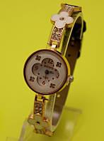 """Женские наручные часы на золотистом металлическом ремешке """"Весна"""""""