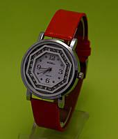 """Женские наручные часы с серебряным корпусом и красным кожаным ремешком """"Логос"""""""