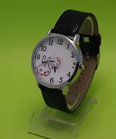 """Женские наручные часы с серебряным корпусом и черным ремешком """"Веселые крольчата"""""""