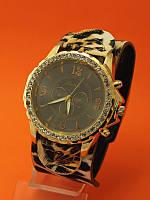 """Женские наручные часы с кожаным ремешком """"Тефия"""""""