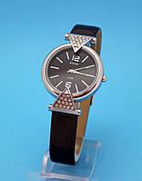 """Женские наручные часы с узким кожаным ремешком и стразами  """"Вистлер"""""""