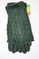 Зеленые трикотажные перчатки с накладкой