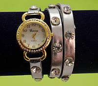 Женские наручные часы-браслет на ремешке со стразами, серебряные