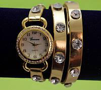 Женские наручные часы-браслет на ремешке со стразами, золотые