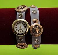 Женские наручные часы-браслет на ремешке со стразами, серые