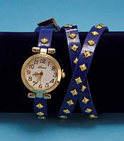 """Женские наручные часы-браслет на кожаном ремешке с заклепками """"Наура"""", синие с золотым"""