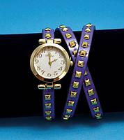 """Женские наручные часы-браслет на кожаном ремешке с заклепками """"Боуэн"""", фиолетовые с золотым"""