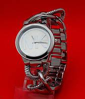"""Наручные часы на металлическом браслете """"Ренмарк"""", серебро"""