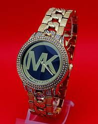 """Женские наручные часы на металлическом золотистом ремешке """"Краферс"""""""