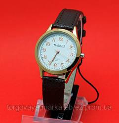 """Женские наручные часы с золотым корпусом и черным кожаным ремешком """"Абеше"""""""