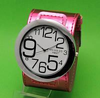 """Женские наручные часы с широким красным кожаным ремешком """"Таласса восторг"""""""