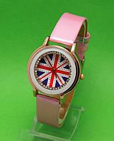 """Женские наручные часы с золотым корпусом и розовым ремешком """"Маленькая королева"""""""