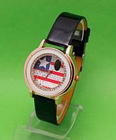 """Женские наручные часы с золотым корпусом и черным ремешком """"Южная Каролина"""""""