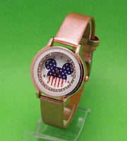 """Женские наручные часы с золотым корпусом и золотистым ремешком """"Микки стразы"""""""
