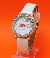 """Женские наручные часы с золотым корпусом и кожаным ремешком  """"Эстетика"""""""
