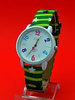 """Женские наручные часы с кожаным ремешком """"Праздничные звезды"""""""
