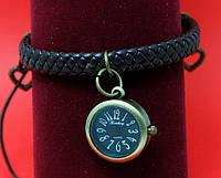 """Женские наручные часы-браслет на плетеном кожаном шнуре с подвесками """"Тара"""", черный"""