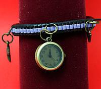 """Женские наручные часы-браслет на плетеном кожаном шнуре """"Сорелл"""", черный с сиреневым"""